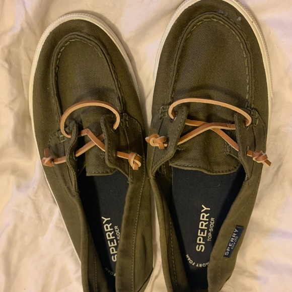 Like New Sperry Slip In Shoes sz 7.5